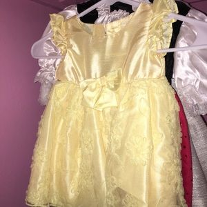Other - Fancy yellow dress